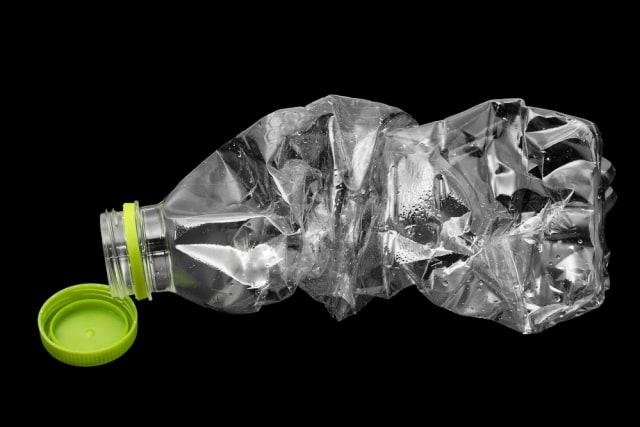 3 Sampah Ini Dirusak Terlebih Dahulu sebelum Dibuang
